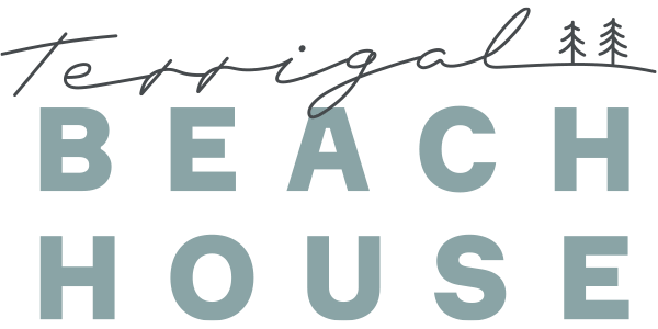 Terrigal Beach House Logo in sage